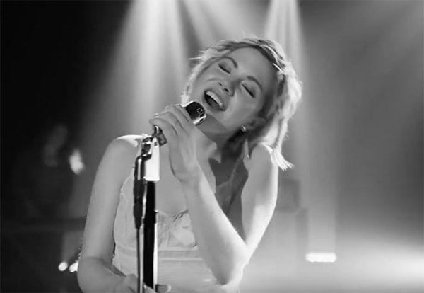 Carly Rae Jepsen Cut Feeling Video