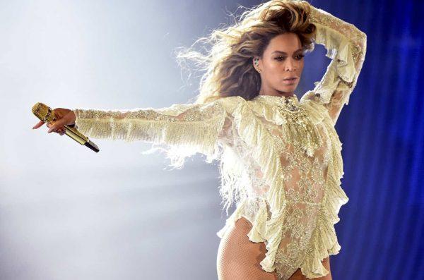 Beyonce Formation Live Billboard 2016 1548