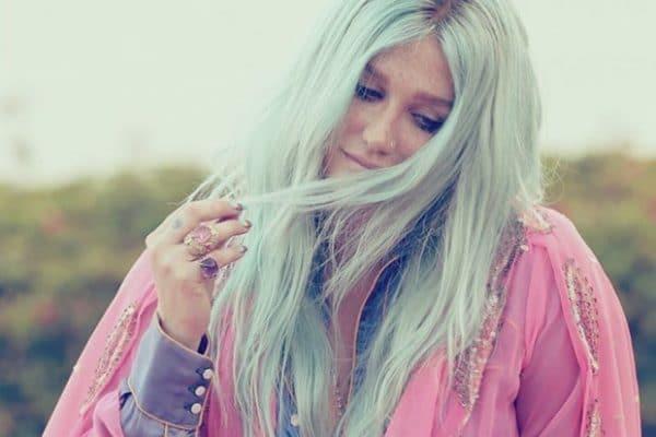 Kesha Rainbow Tour 1