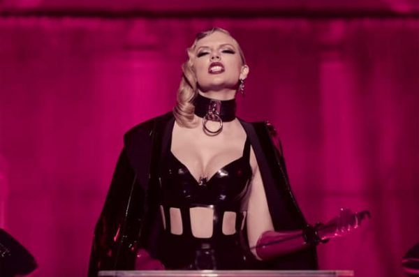 11 Taylor Swift Look What You Made Me Do Screenshot 2017 Billboard 1548 1