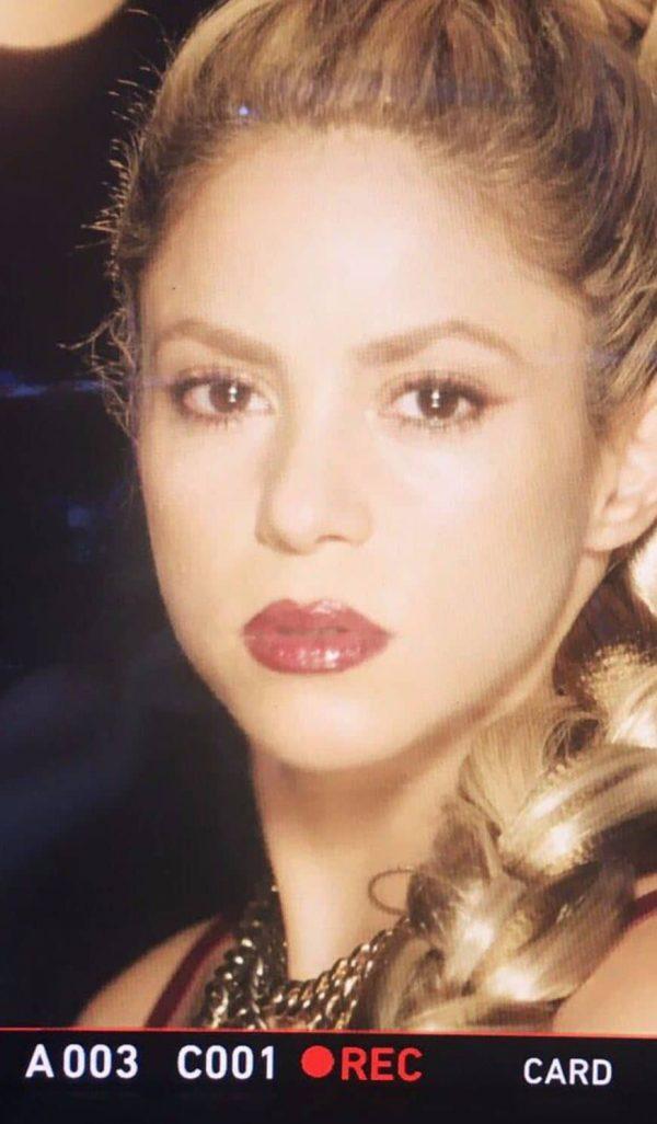 Shakira Perro Fiel Traduzione Testo Video