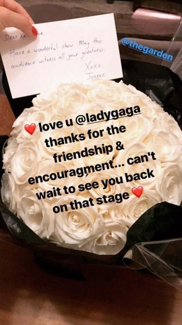 Gaga fiori a Katy Perry