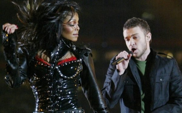 Janet Justin Superbowl