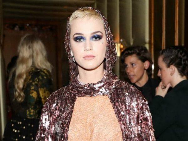 La suora che aveva fatto causa a Katy Perry muore in tribunale