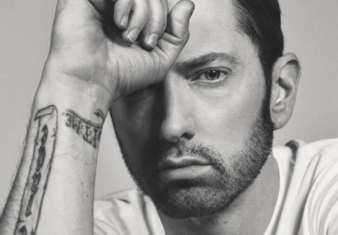 Photo of Eminem ecco il singolo Untouchable, un atto di accusa pesantissimo
