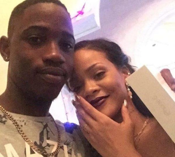 Assassinato Cugino Di Rihanna