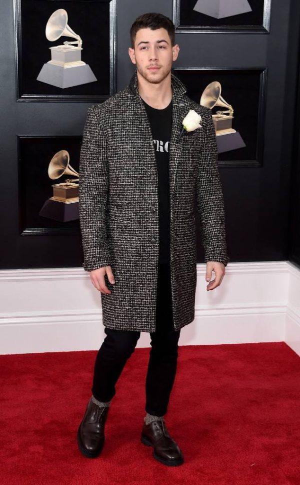 Rs 634X1024 180128153457 634 Nick Jonas Red Carpet Fashion 2018 Grammy Awards