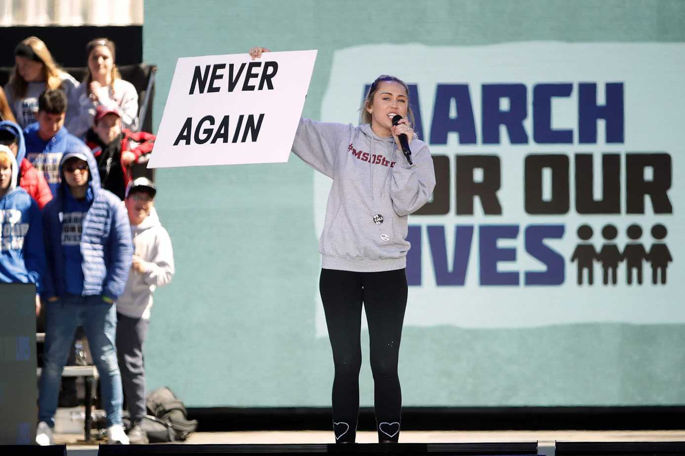 Photo of March For Our Lives 2018: le cantanti in prima fila (VIDEO)