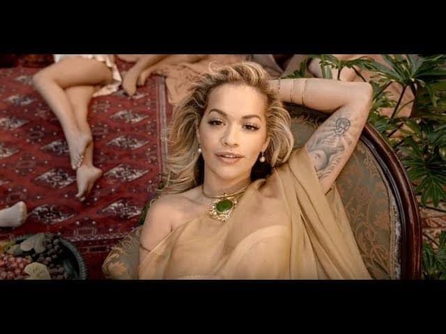 Photo of Lesbo Power, ecco il video di Girls con Rita Ora, Cardi B, Bebe Rexha e Charli XCX