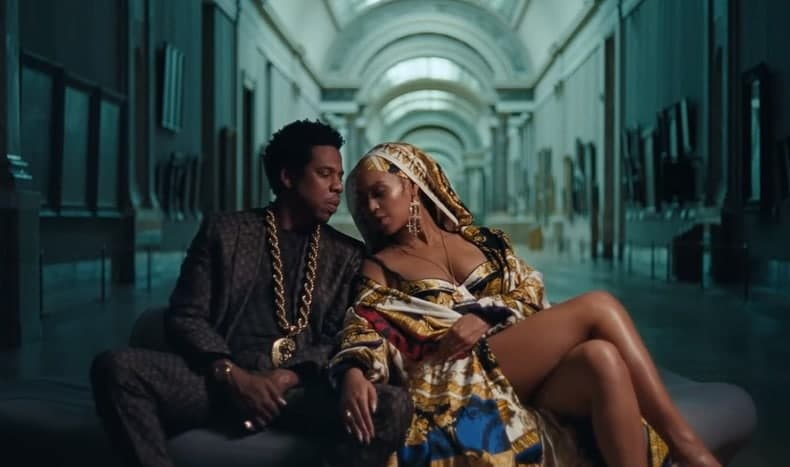 Photo of Beyoncé & Jay-Z (The Carters): il nuovo singolo è APES**T