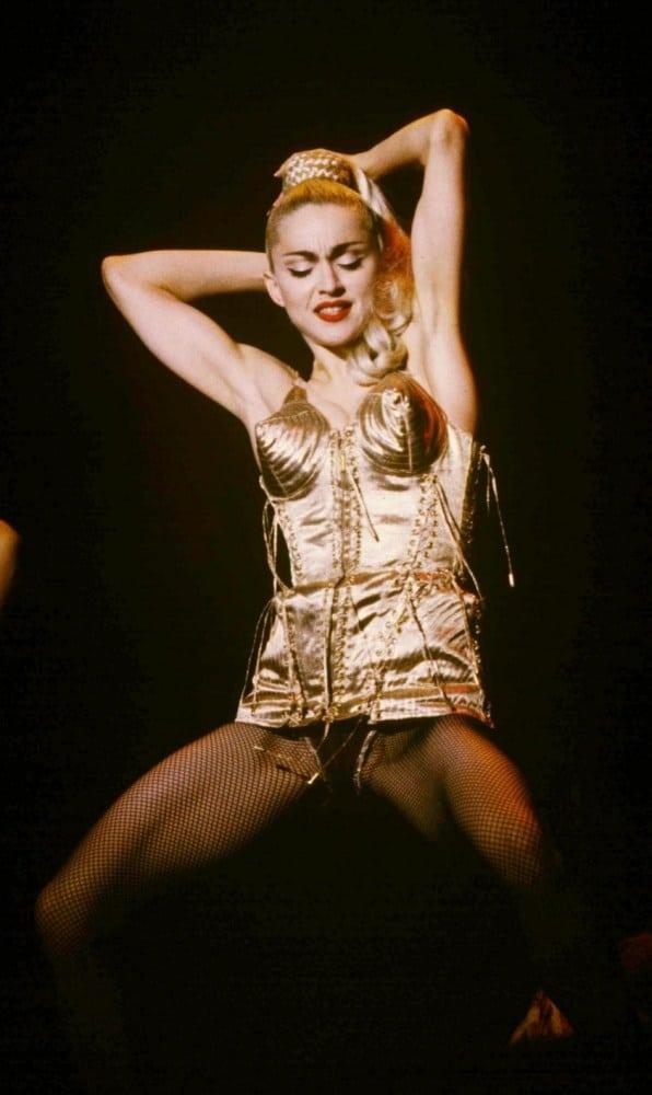 Madonna ha partecipato nel video, Ariana la imita