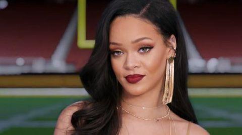 Rihanna Superbowl Rifiuto