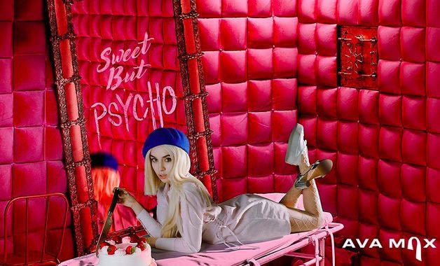 Photo of Ava Max, con Sweet But Psycho conquista l'Europa