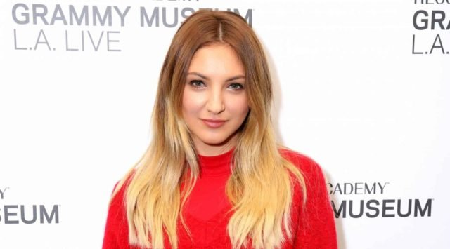 julia michaels hero