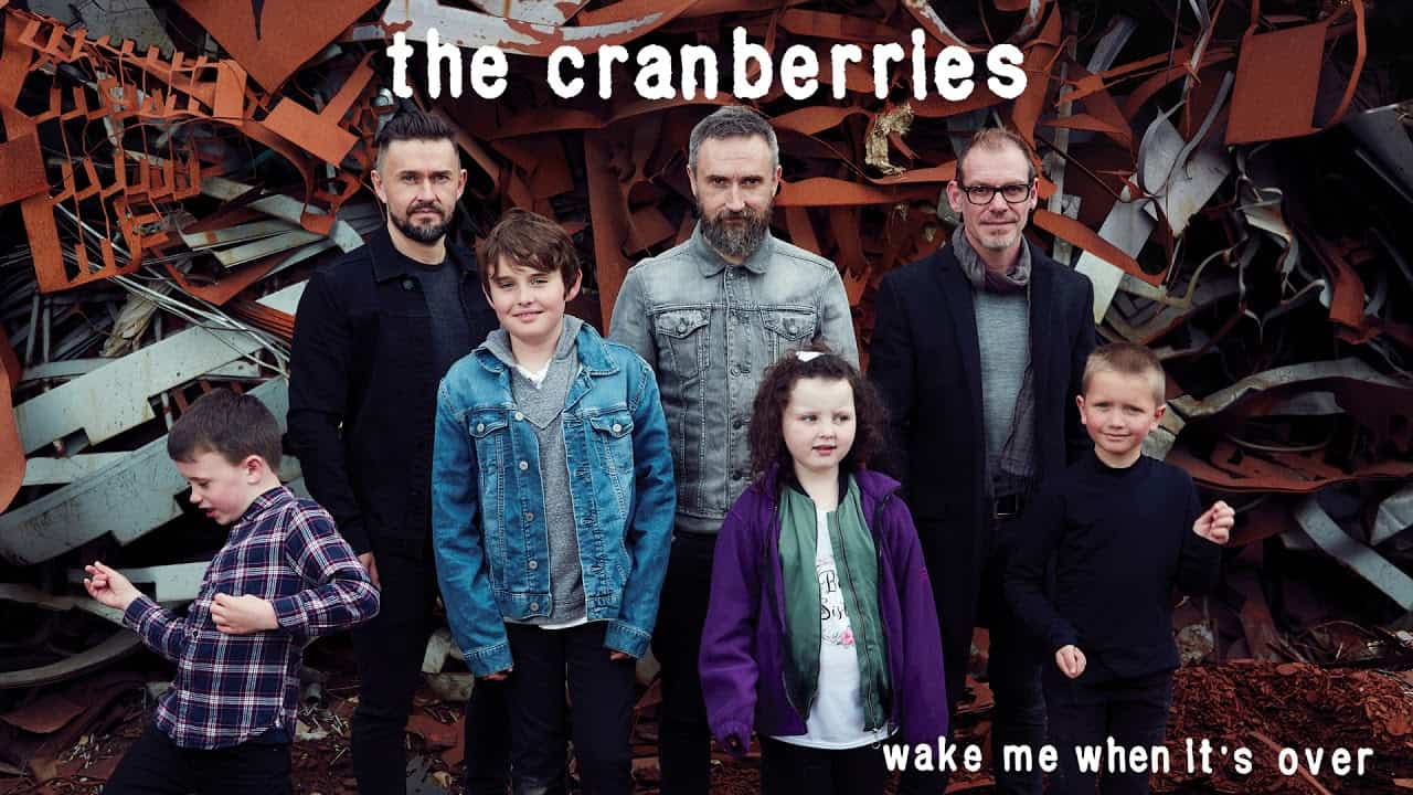 "Photo of The Cranberries: ecco ""Wake me when it's over"" con la voce della compianta Dolores O'Riordan"