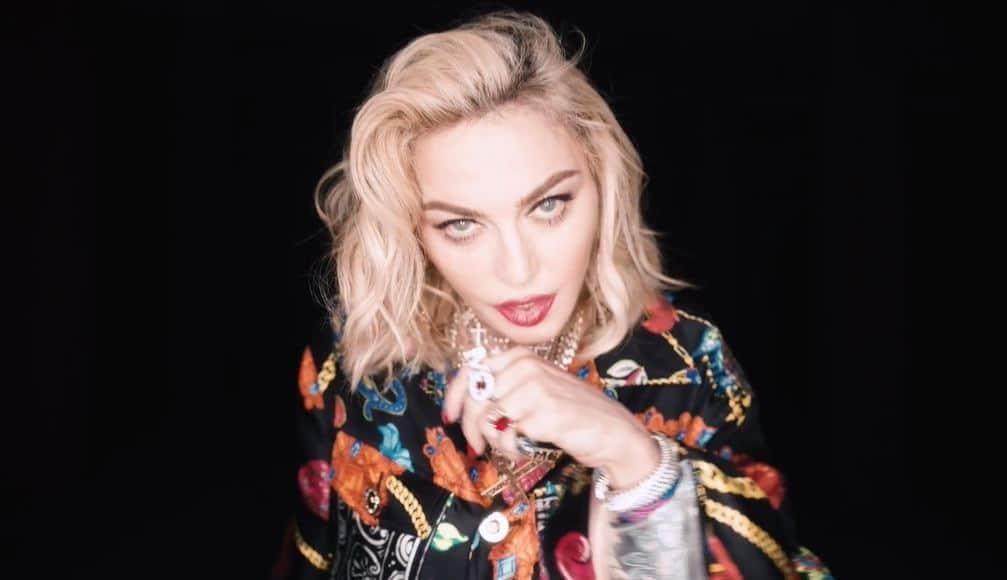 Crave Madonna Video Traduzione