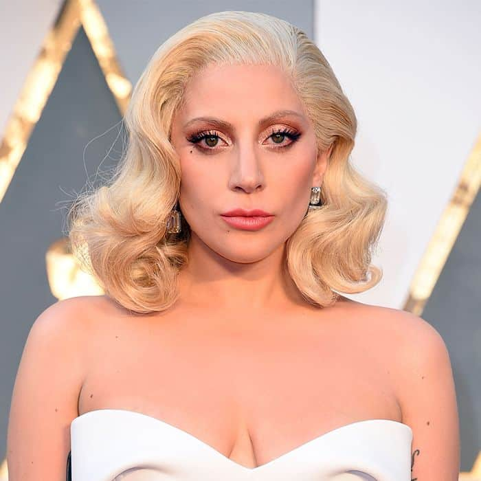 Photo of Da Lady Gaga a Dua Lipa: ecco i cantanti sdegnati per la legge anti-aborto in Alabama
