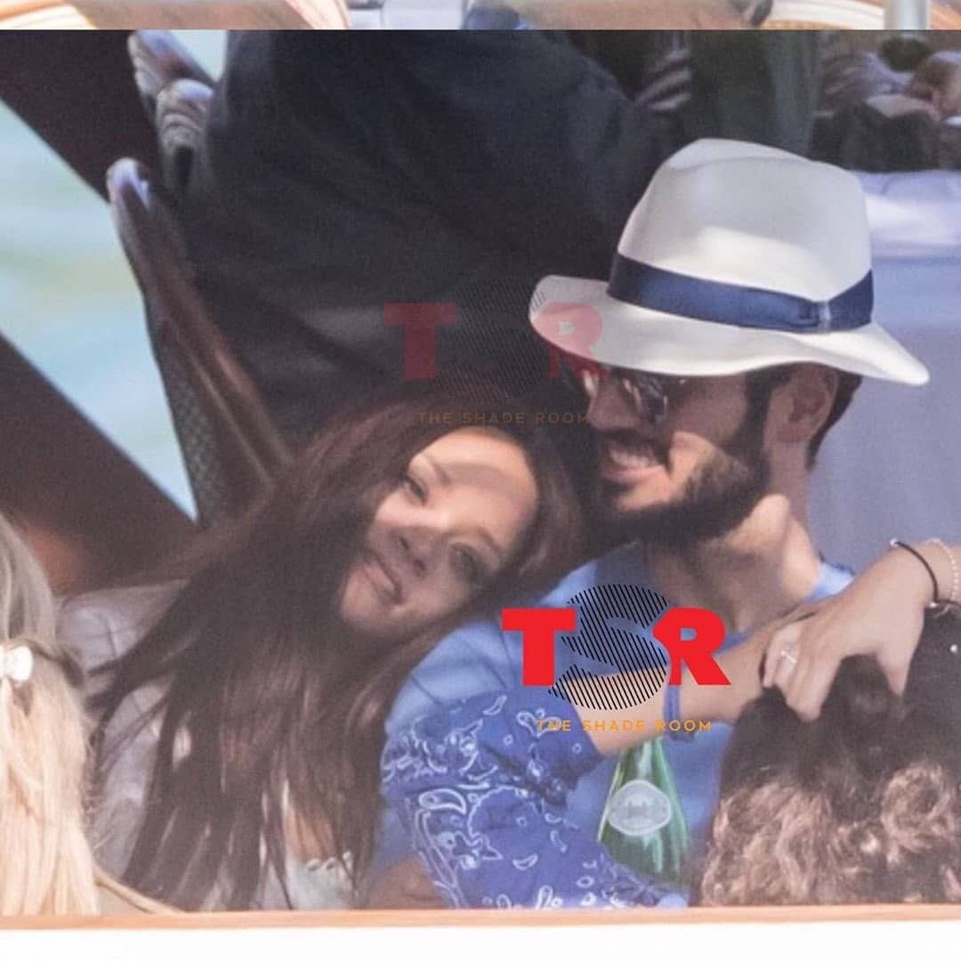 Photo of Rihanna ed il fidanzato Hassan sono a Capri, ecco le foto del break vacanziero.