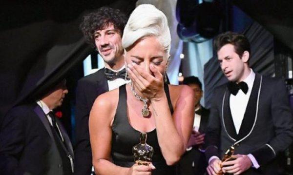Shallow Grande Successo Lady Gaga