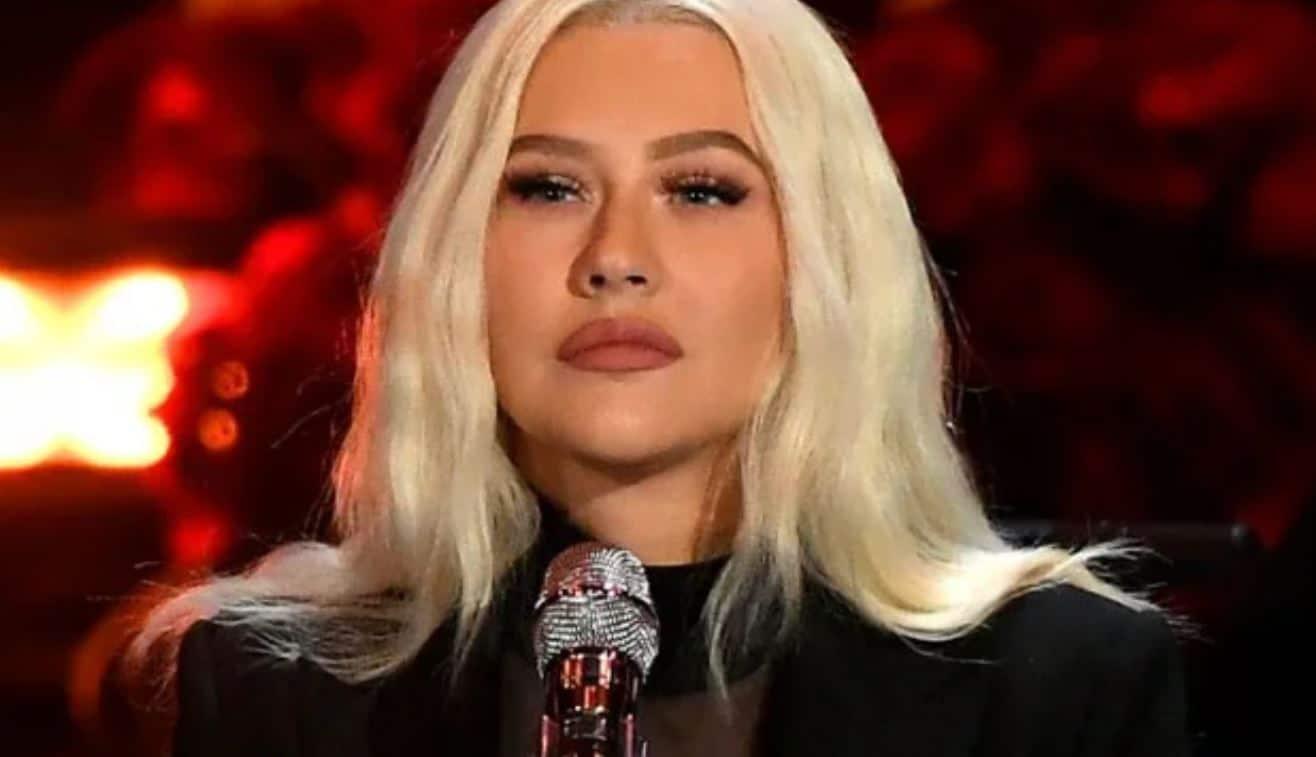 Christina Aguilera che voce! 8 live incredibili della sua carriera ...